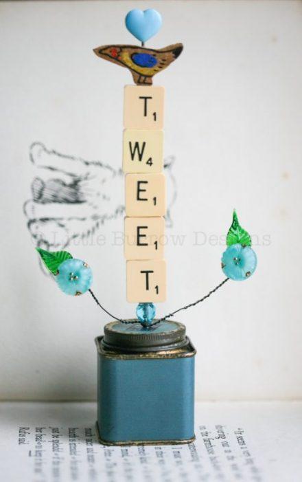 Birds Go 'Tweet' Sculpture